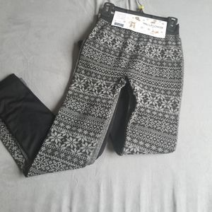 Leggings 3 pack. New. Size xs/s. Lined